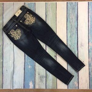Miss Me Women's Mid Rise Easy Skinn Denim Jeans 27